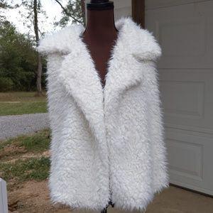 Aeropostale Furry White Vest